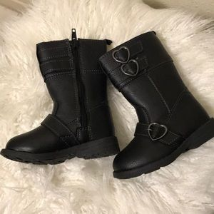 Size 5 carter boots for girls